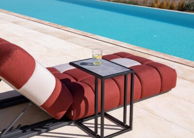 sun lounger with slide in table